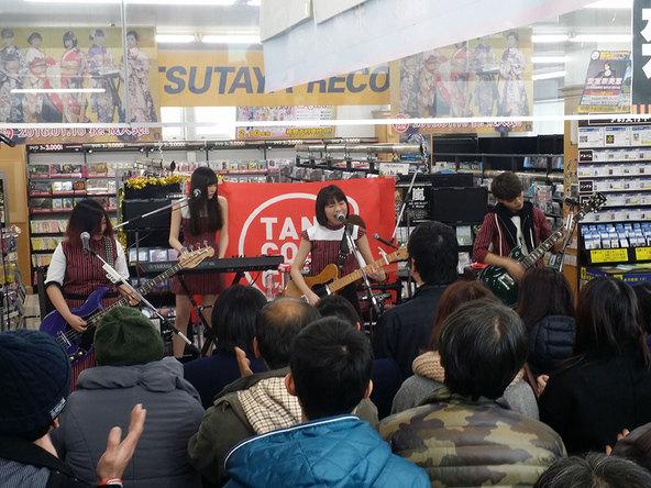 1月9日@予約会ライヴ (okmusic UP's)