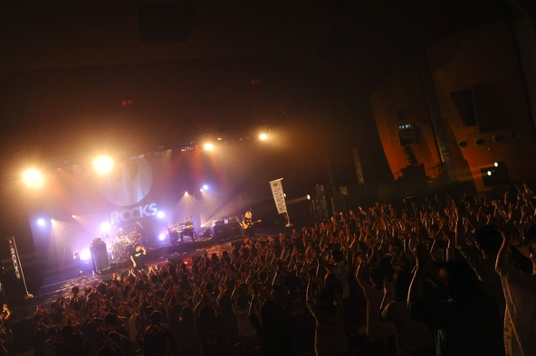 「IROCKS 2015」 (okmusic UP's)