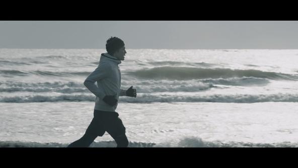 「Feel」MV キャプチャ (okmusic UP's)