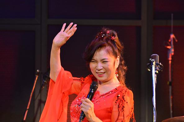 2月29日@神奈川・MOTION BLUE YOKOHAMA (okmusic UP's)