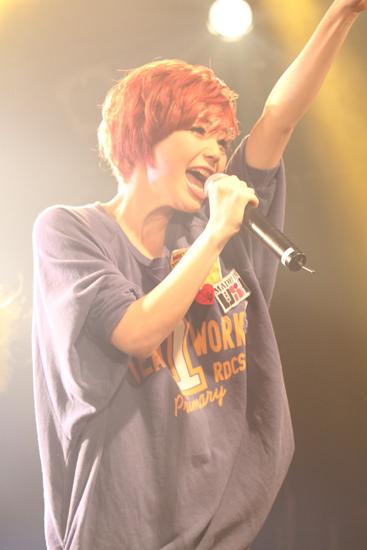 果山サキ、原宿でコンベンションライブを開催 SoulJa、GIORGIO CANCEMIがゲスト出演