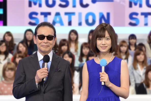 MCのタモリと弘中綾香(テレビ朝日アナウンサー) ©テレビ朝日(okmusic UP's)