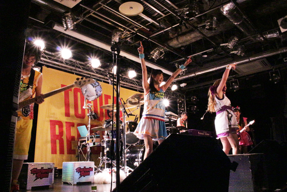 インストアライブ@タワーレコード渋谷店 (okmusic UP's)