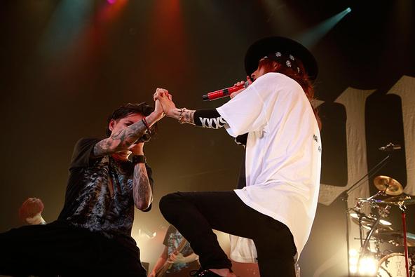9月30日@赤坂BLITZ(葉月(lynch.)&清春(sads)) (okmusic UP's)