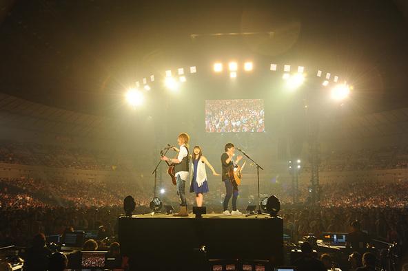 7月11日@横浜アリーナ (okmusic UP's)