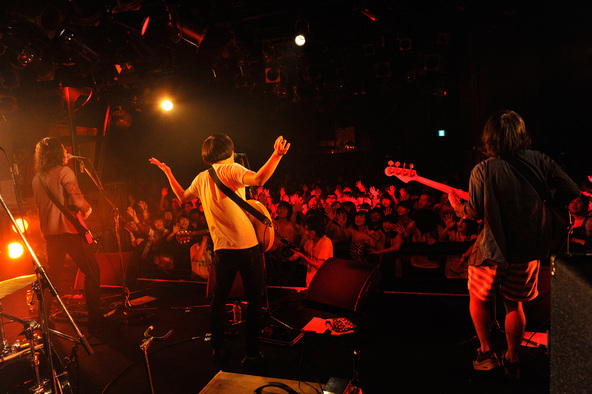 10月25日@渋谷CLUB QUATTRO (okmusic UP's)