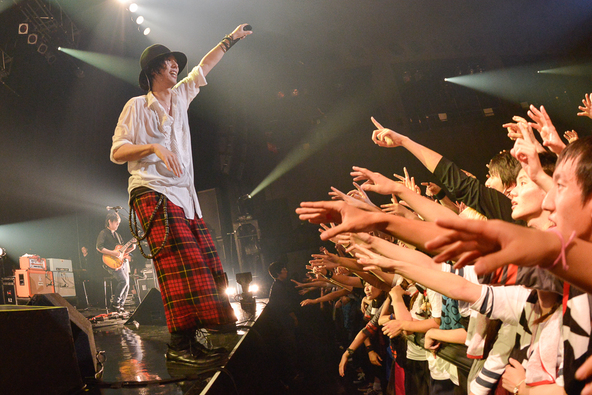 11月16日@Zepp Nagoya(RADWIMPS) (okmusic UP's)