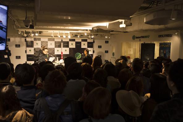 11月19日@渋谷モディ・InterFMサテライトスタジオ (okmusic UP's)