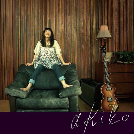 アナログ LP盤『akiko』 (okmusic UP's)