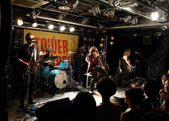 12月11日@タワーレコード渋谷店 (okmusic UP's)