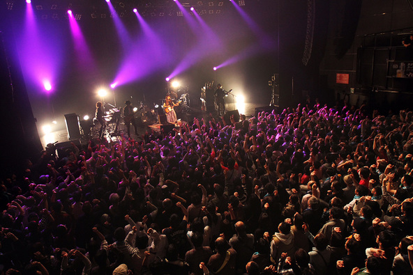 12月12日@赤坂BLITZ (okmusic UP's)