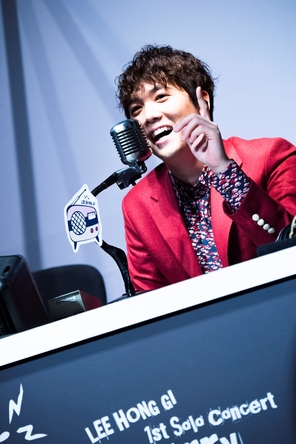 イ・ホンギ(from FTISLAND) (c)FNC MUSIC JAPAN INC.(okmusic UP's)