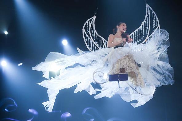 『ayumi hamasaki COUNTDOWN LIVE 2015-2016 A ●MADE IN TOKYO●』 (okmusic UP's)