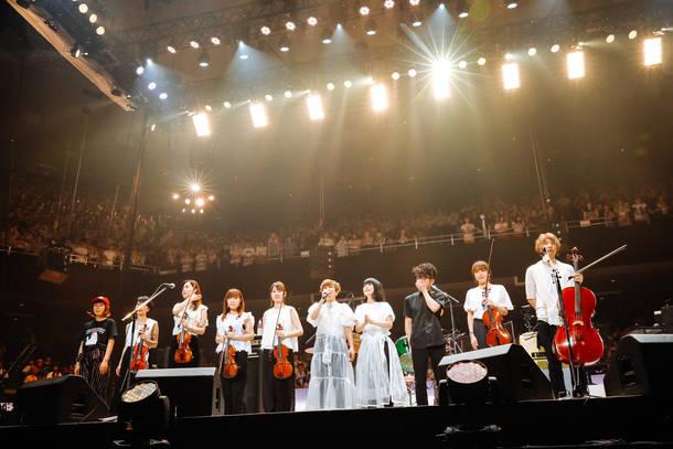 2018年7月4日 at 日本武道館 photo by 上山陽介
