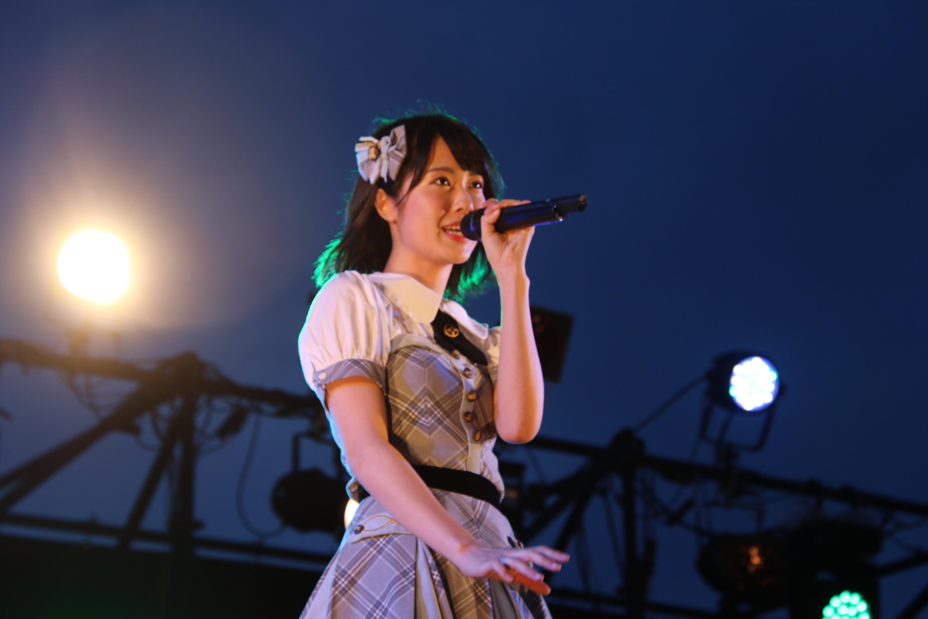 「Choose Me!」をソロで披露する歌姫・小田えりな