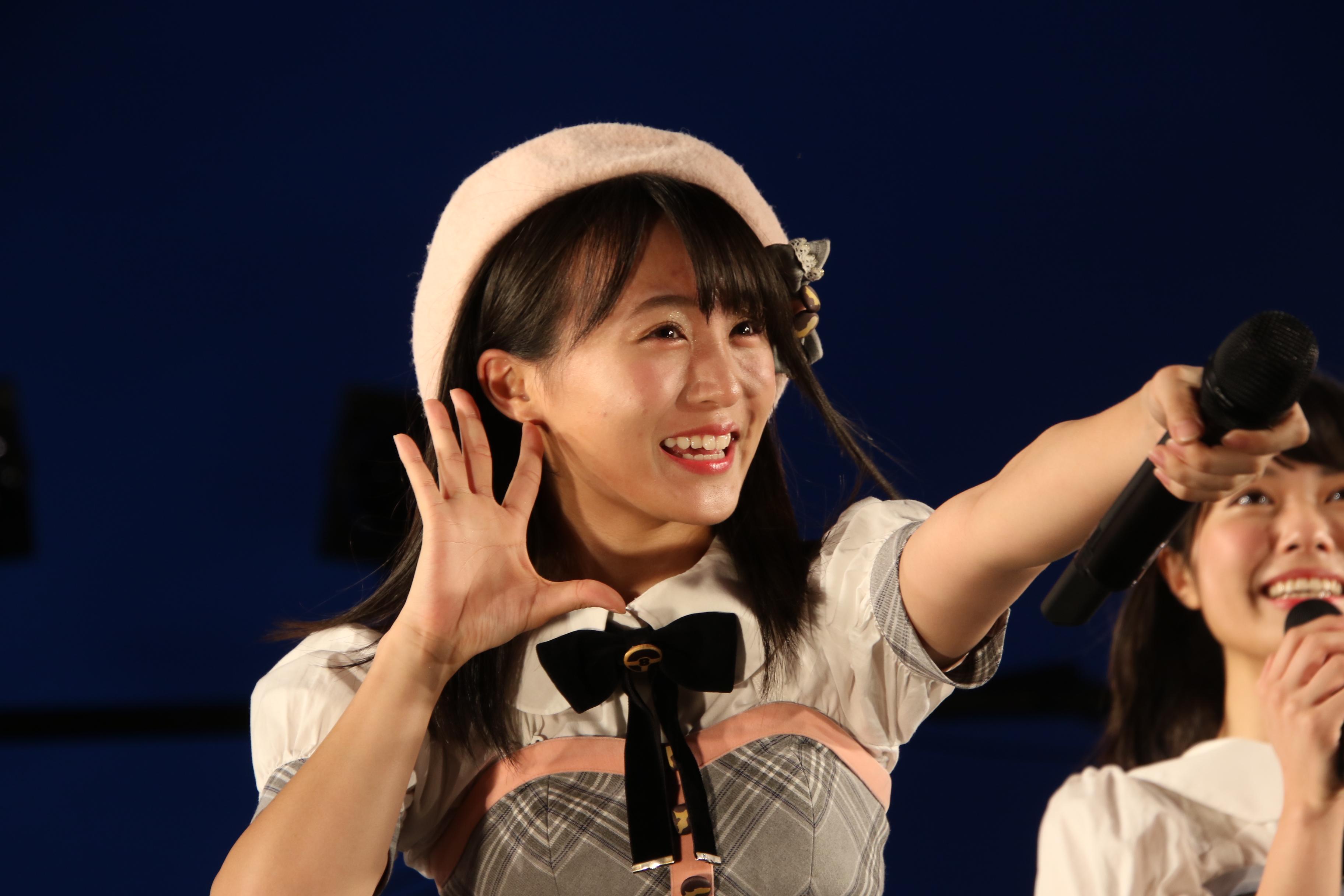 7月7日に横浜で開催された「アイドル横丁」での坂口。いつものベレー帽を着用