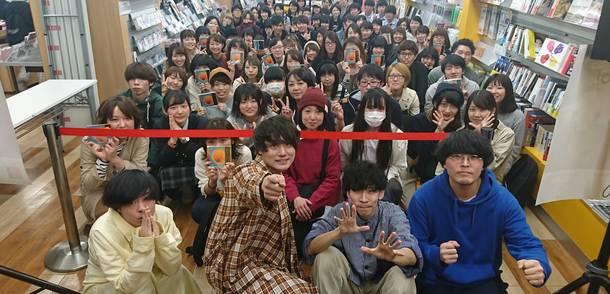 10月10日@北海道・タワーレコード札幌ピヴォ店
