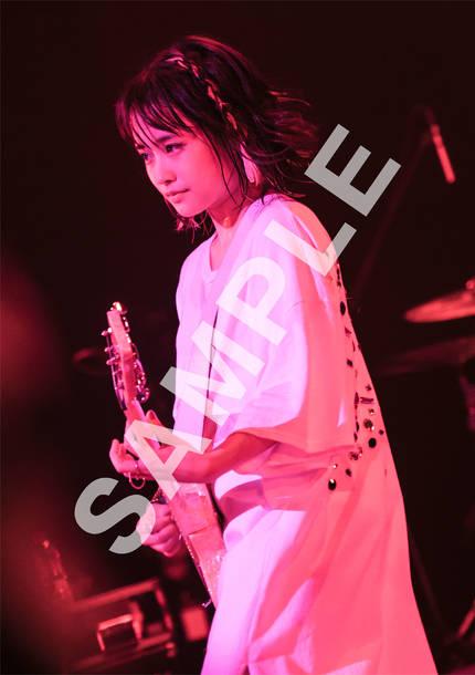 HMV 全国各店 / HMV&BOOKS online購入特典オリジナルフォトカード(A5サイズ)