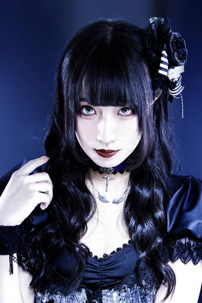 姫草雛奈子