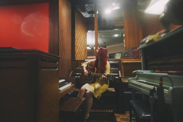 GLIM SPANKY LAレコーディング風景