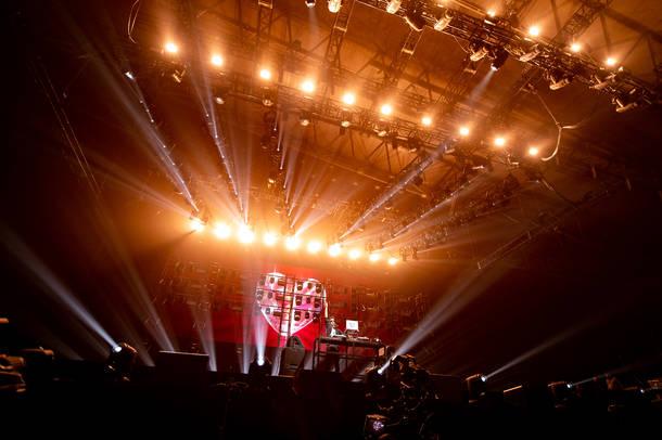 12月17日@幕張メッセ 国際展示場 ホール 9~11(マーク・ロンソン)(C)Masanori Naruse