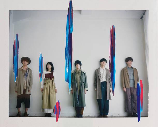 L→R 藤澤涼架(Key)、山中綾華(Dr)、大森元貴(Vo&Gu)、若井滉斗(Gu)、髙野清宗(Ba)