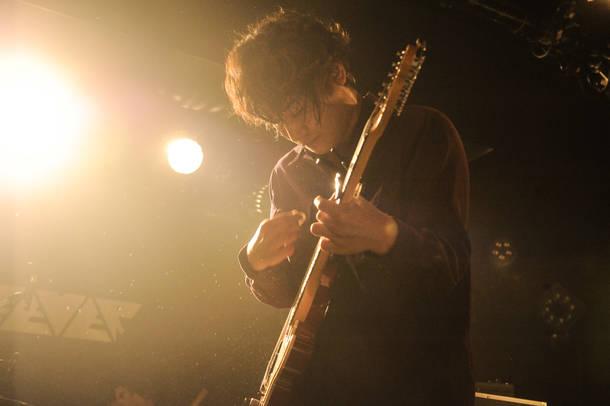 12月20日@東京・新代田 FEVER photo by MASANORI FUJIKAWA