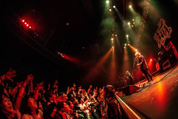 『Dragon Ash LIVE TOUR 「UNITED FRONT」』(10-FEET)photo by TAKAHIRO TAKINAMI