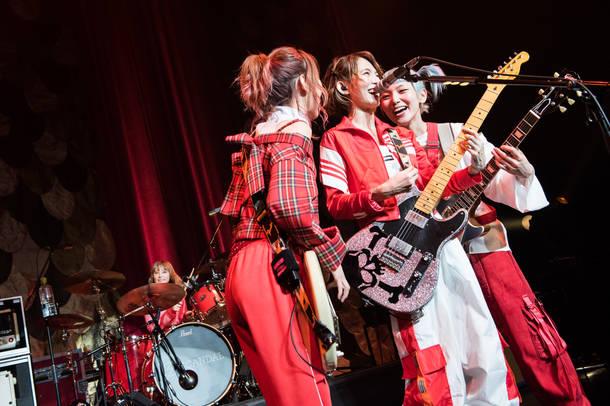 12月24日(月)@マイナビBLITZ赤坂 photo by ハタサトシ