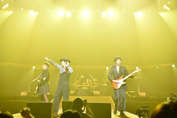 12月27日(木)@『MAVERICK DC GROUP PRESENTS JACK IN THE BOX~LAST BUDOKAN~』(シド)