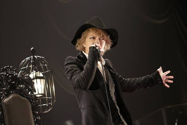『HYDE ACOUSTIC CONCERT 2019 黑ミサBIRTHDAY』photo by 田中和子