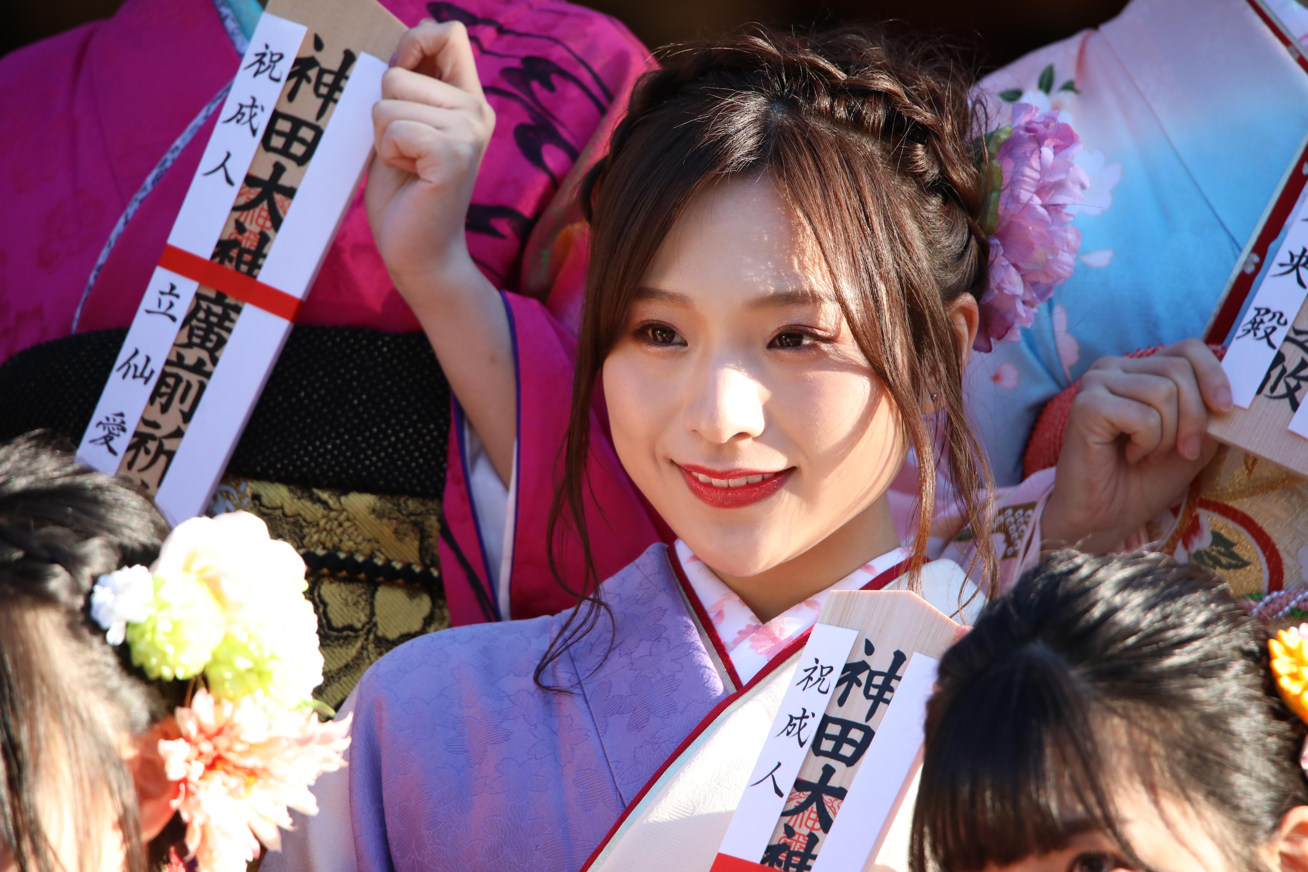 AKB48成人式での左伴彩佳