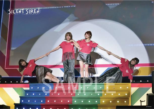 アルバム『31313』チェーン別購入者特典オリジナル絵柄ライブフォトポスター(タワーレコード)