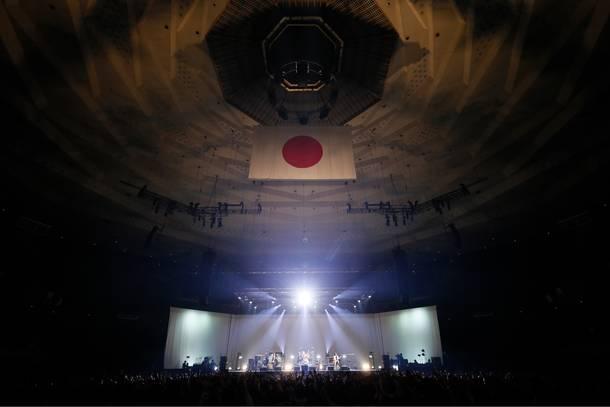 3月28日@日本武道館 photo by 三吉ツカサ (Showcase)