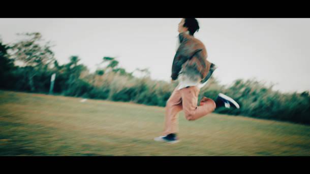 「Ahead Ahead」MV
