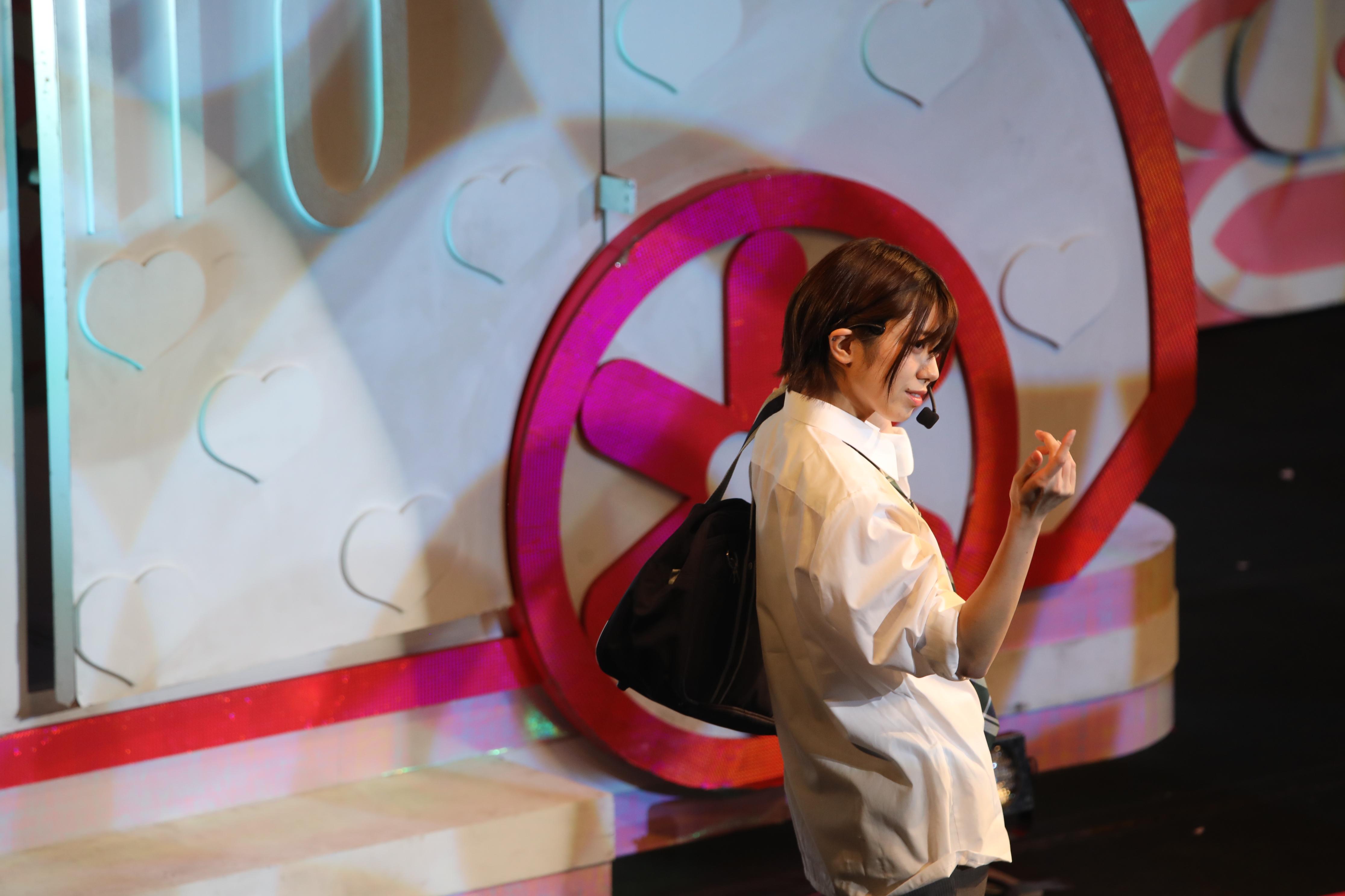 ミュージカル「20年桜」で男子高校生役を演じる大西桃香