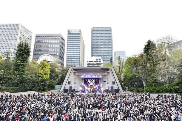 4月14日@日比谷野外大音楽堂(photo by 橋本塁)