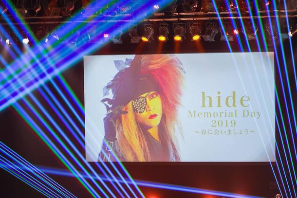 5月2日@『hide Memorial Day 2019〜春に会いましょう〜』(献花式) (C)HEADWAX ORGANIZATION CO., LTD. / photo by Hitomi Katada (nonfix creative)