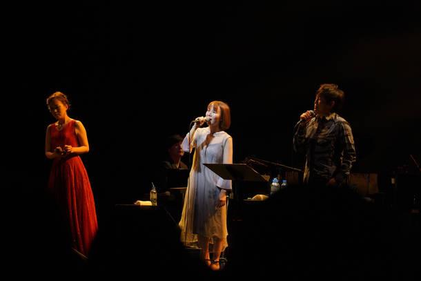 5月4日@大阪・オリックス劇場 photo by 渡邉一生
