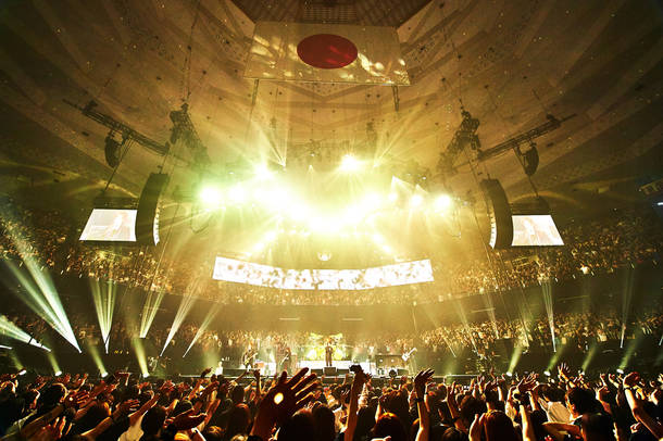 『LUNA SEA 30th anniversary LIVE -Story of the ten thousand days-』 photo by 田辺佳子、橋本塁