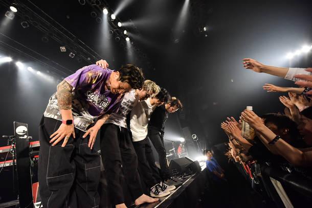 6月5日(水)@Zepp Tokyo(STRAIGHTENER)
