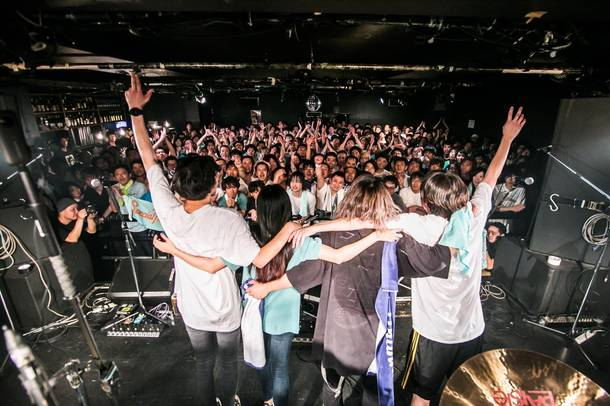 【SpecialThanks ライヴレポート】 『SpecialThanks debut 10th  anniversary special ONE MAN LIVE』2019年7月27日 at 新代田FEVER