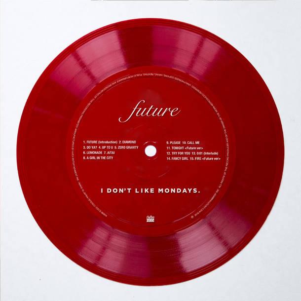 アルバム『FUTURE』【CD】