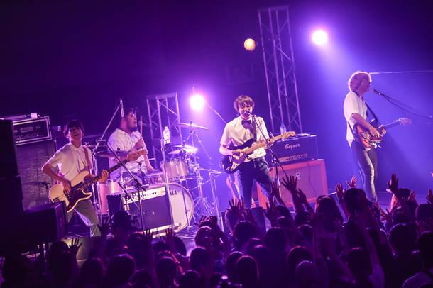 8月22日@新木場STUDIO COAST(ウソツキ)photo by AZUSA TAKADA