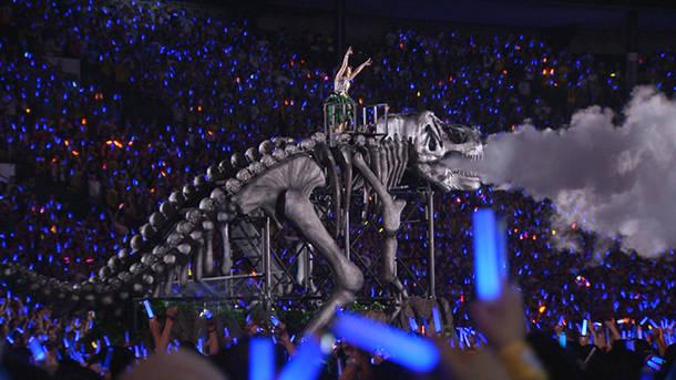 「STARTING NOW!」 (NANA MIZUKI LIVE PARK 2016)