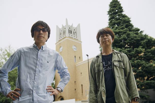 L→R YO-KING(Vo&Gu)、桜井秀俊(Vo&Gu)