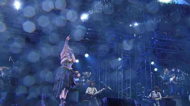 「BRAVE PHOENIX」(NANA MIZUKI LIVE PARK 2016)
