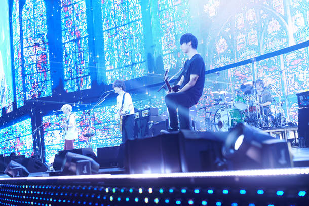 【BUMP OF CHICKEN ライヴレポート】『BUMP OF CHICKEN 
