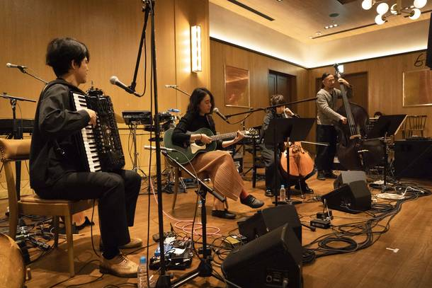 11月26日(火)@渋谷のTRUNK (HOTEL)【角銅真実】 photo by  Ryota Mori