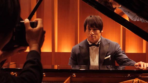 『新日本プロレス ピアノコレクション』ジャケット撮影メイキング
